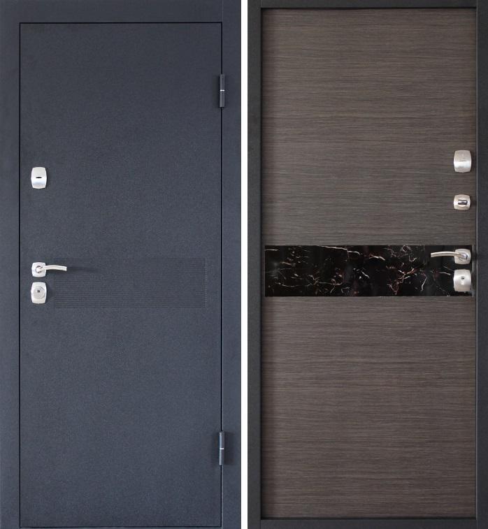 Входная дверь серого цвета